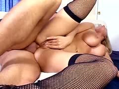 Blonde Mutter beim Hardcore Fick